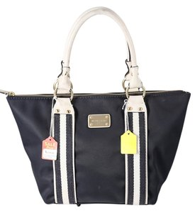 Michael Kors White Leather Tote in Navy