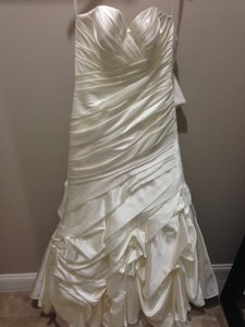 Allure Bridals Ivory Satin 2564 Modern Wedding Dress Size 10 (M)