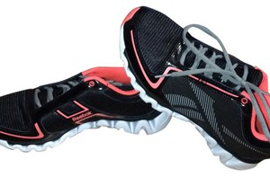Reebok Black white pink hot pink coral grey Athletic