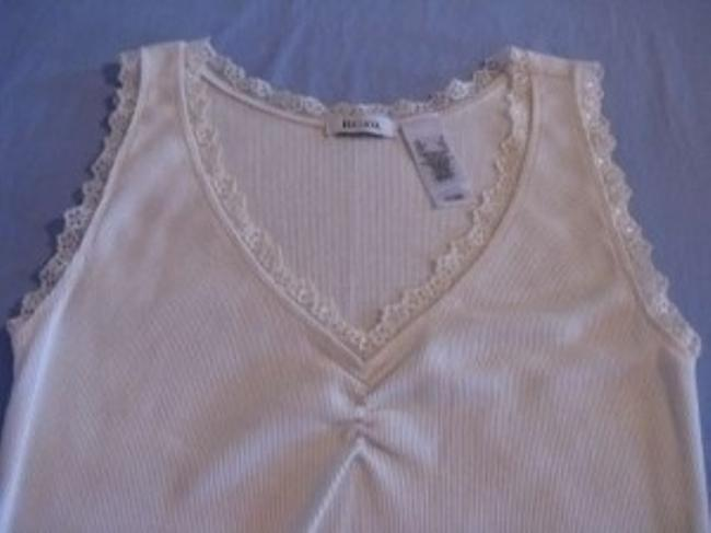 Liz & Co. Top Cream