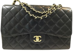Chanel Classic Jumbo Single Flap Shoulder Bag
