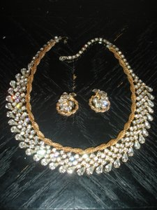 Gorgeous Vintage Necklace And Earrings Excellent Condition