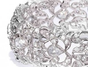 Crystal Small Classic Openable Bracelet