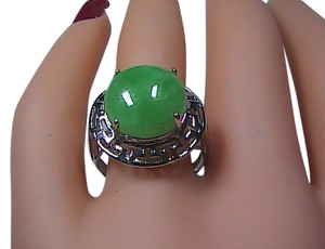 Unknown Sterling Silver Green Jade Ring