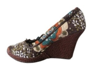Ecco Floral Wedges