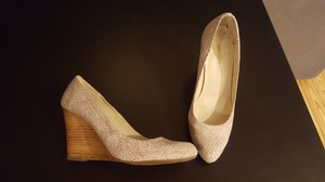 Max Studio Beige Wedges