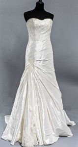 Essense Of Australia Stella York 5727 Wedding Dress
