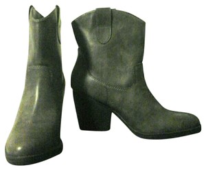 Madden Girl Nwot Ankle Boot Grey/Taupe Boots