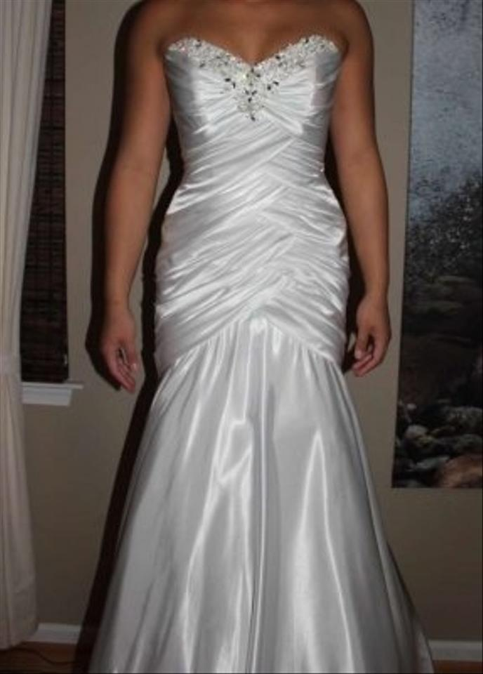Mori lee by madeline gardner wedding dress on sale 41 for Mori lee wedding dress sale