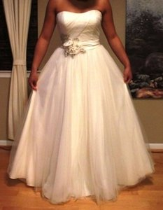 Oleg Cassini Oleg Cassini Cwg322 Wedding Dress