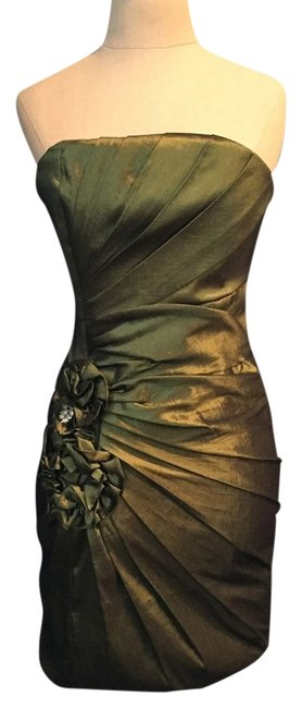 Item - Green *nwt* Short Cocktail Dress Size 4 (S)