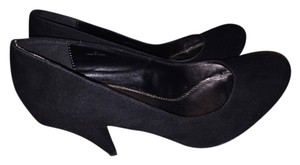 Call It Spring Suede black Pumps