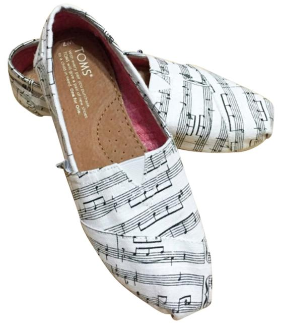 Item - White and Black Music Note Canvas Flats Size US 7 Regular (M, B)
