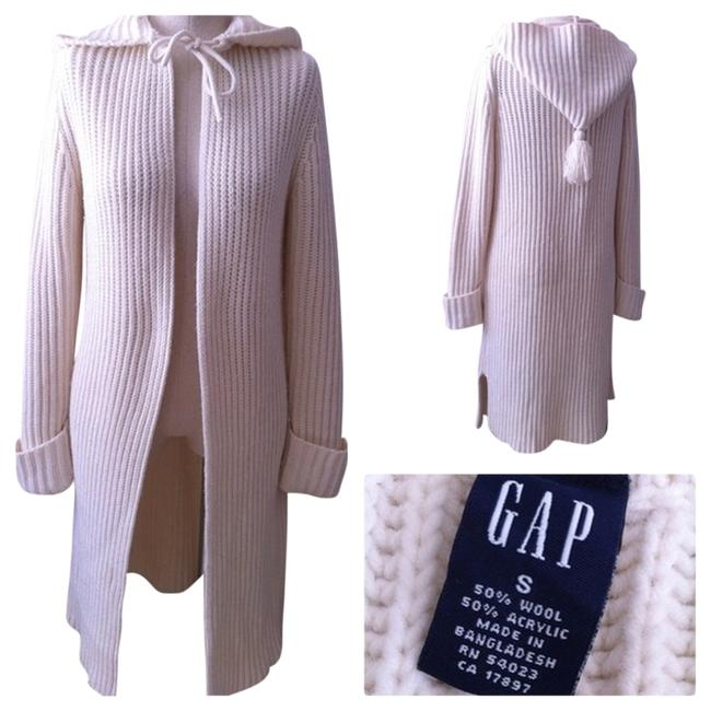 Preload https://item3.tradesy.com/images/gap-ivory-chunky-wool-knit-sweater-size-6-s-1318757-0-0.jpg?width=400&height=650