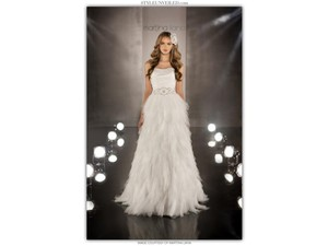 Martina Liana Ivory Tulle 366 Modern Wedding Dress Size 0 (XS)