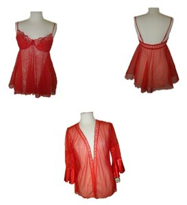 INNERMOST PEIGNOIR GOWN ROBE SHEER SHORT L NWT INNERMOST RED SHEER LACE SATIN SEXY