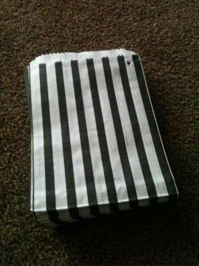 Preload https://item1.tradesy.com/images/blackwhite-stripe-candy-bags-55-131905-0-0.jpg?width=440&height=440