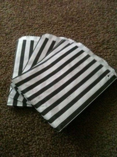 Black/White Stripe Candy Bags (55)
