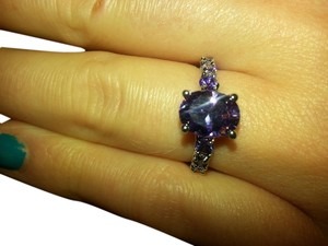 9.2.5 Beautiful amethyst 7 stone ring size 7.