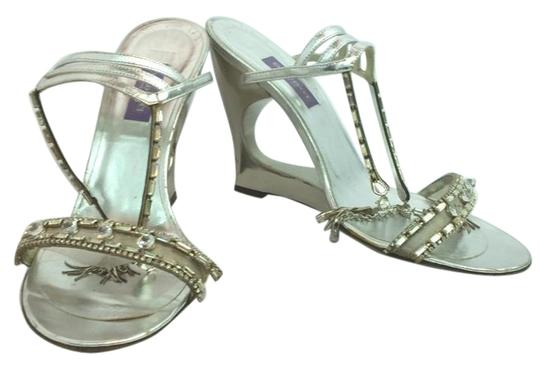 Preload https://img-static.tradesy.com/item/13194358/emilio-pucci-silver-jeweled-leather-heels-40-formal-shoes-size-us-10-regular-m-b-0-1-540-540.jpg