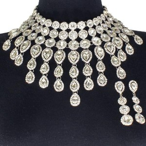 Gold Pear Shaped Crystal Drops Statement Necklace And Earrings