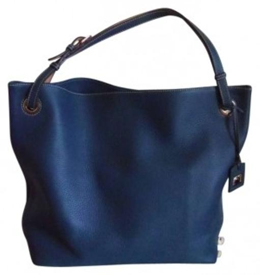 Preload https://item5.tradesy.com/images/dooney-and-bourke-large-grommet-sac-style-2p686-te-description-large-sac-teal-blue-leather-satchel-131954-0-0.jpg?width=440&height=440