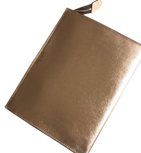 New Henri Bendel Clutch Toiletry Pouch Rose Gold Clutch