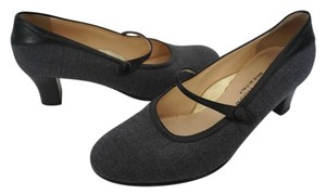 Taryn Rose Charcoal Gray Pumps
