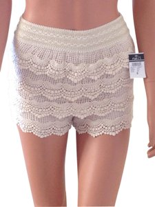 Rue 21 Mini/Short Shorts Beige