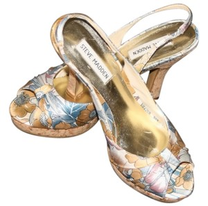 Steve Madden Muted blues ,golds,roses and off whites Sandals