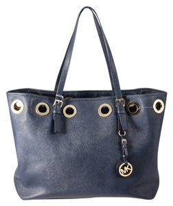 Michael Kors Navy Saffiano Leather Jet Set Travel Tote in Blue