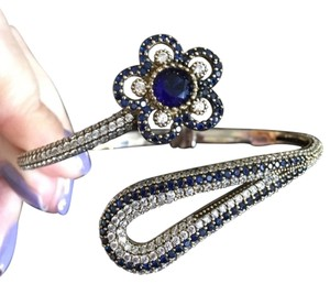 NEW SOLID STERLING SILVER BRACELET/BANGLE WITH REAL SAPPHIRES AND TOPAZ