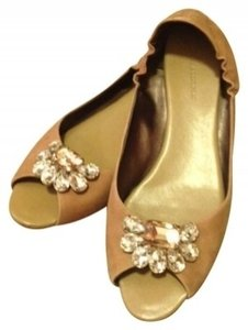 Banana Republic Camel Flats