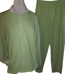 Danskin Green 2 Piece Full Zip