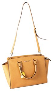 Michael Kors Saffiano Leather Selma Medium Satchel in tan