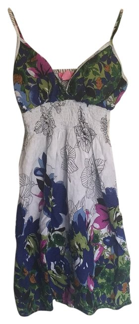 Item - Multi Colored Knee Length Short Casual Dress Size 4 (S)