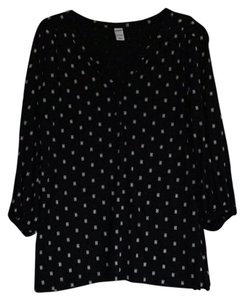 Old Navy T Shirt Black with Blue and Ivory dots
