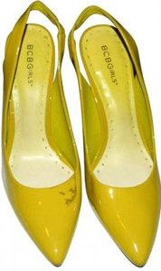BCBGeneration lime green Pumps