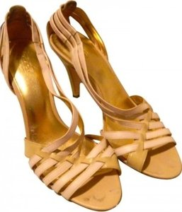 Coach Cream and beige with gold insoles Pumps