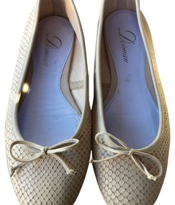 Delman Natural tan Flats