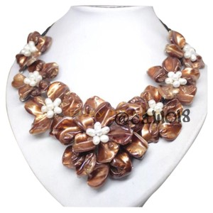 FLASH SALE THIS WEEKEND ONLY New Brown Authentic Mother of Pearl Shell Flower Independent Designer Necklace Choker Bib
