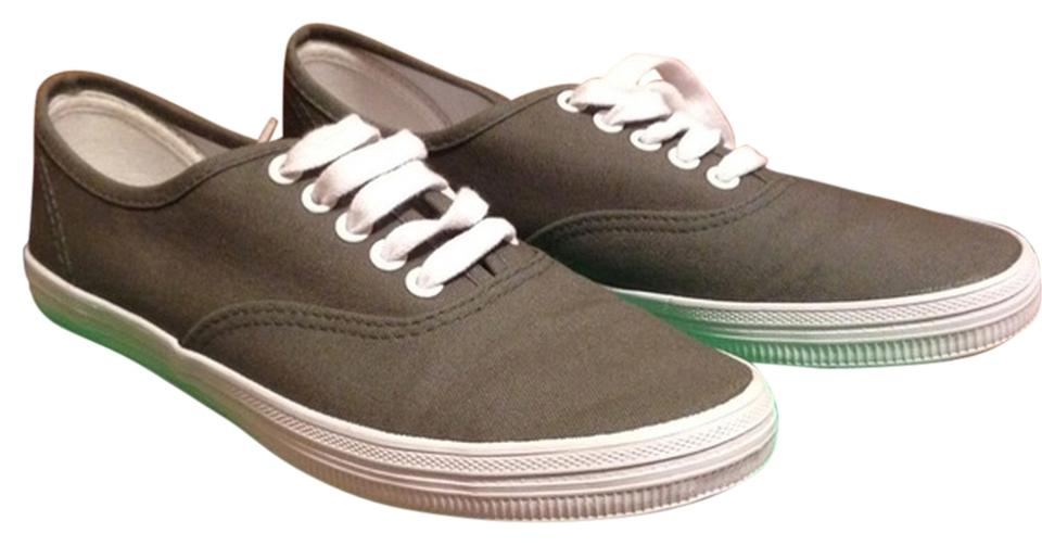 b4f943e0784899 Payless Gray Vans Style Canvas Sneakers Size US 5.5 Regular (M
