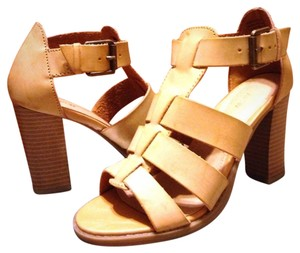 Apt. 9 Gladiator Heels Strappy Tan / Beige Sandals