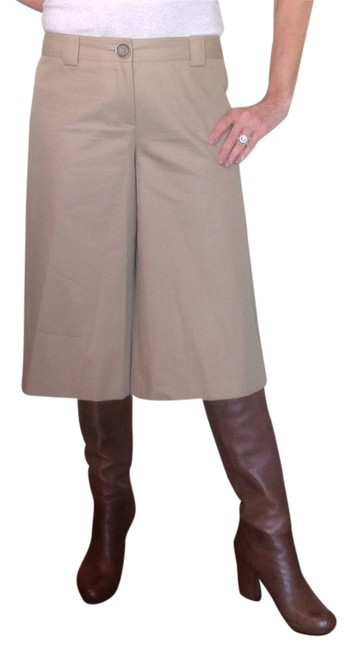Item - Beige Culottes Style London Inscribed Metal Buttons. Pants Size 10 (M, 31)