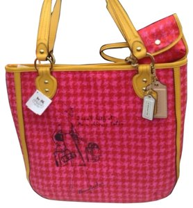 Coach Tote in Hot Pink/Yellow