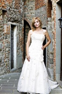 Maggie Sottero Champagne Polyester Lace. Haute Couture Feminine Wedding Dress Size 2 (XS)