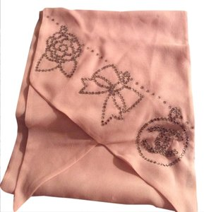 Chanel Chanel,Pink,silk,scarf,with,rhinestones