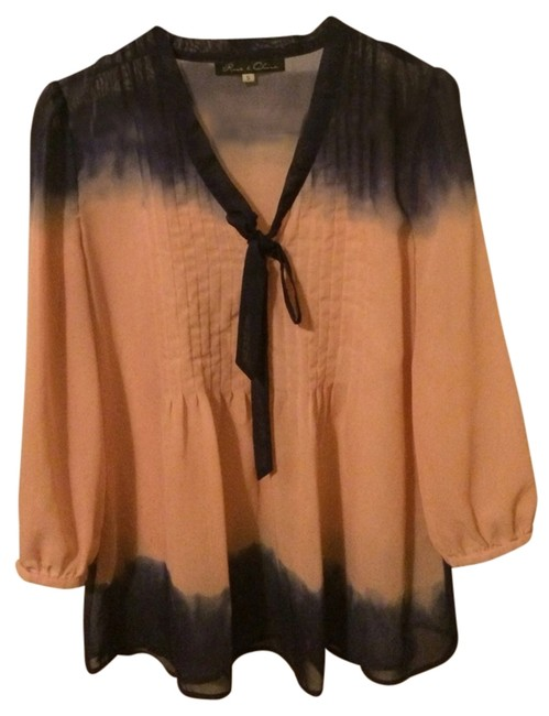 Preload https://item1.tradesy.com/images/nordstrom-blouse-size-6-s-1322270-0-0.jpg?width=400&height=650
