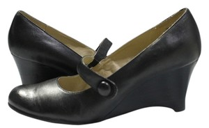Naturalizer Leather Size 7 Black Wedges