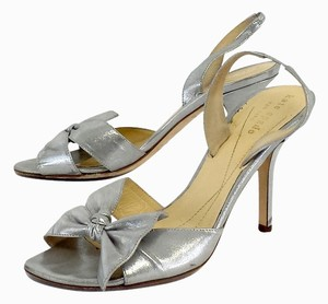 b55fc9ad27d Kate Spade Silver Metallic Leather Bow Heels Sandals